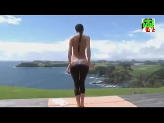 Sexy Girls in Yoga Pants Compilation, Babes In Tight Spandex, Roundest leggings