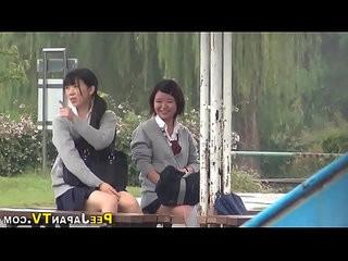 Asian teen public pissing