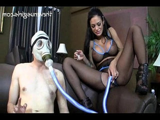 Gas mask milking